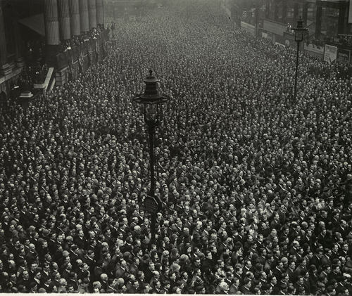 Armistice day in London