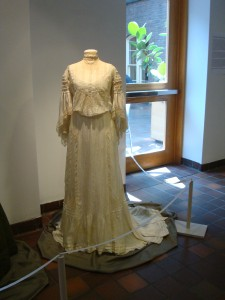 1903 Cream Silk and Lace Dress