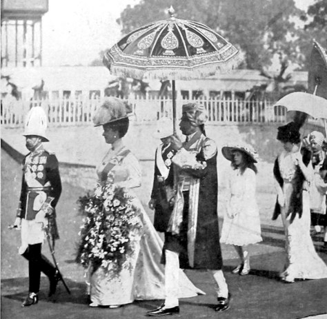 King George V and the Queen arrive in Delhi in 1911