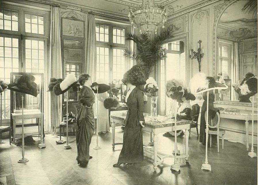 Shopping in belle epoque paris edwardian promenade for Salon de la mode paris