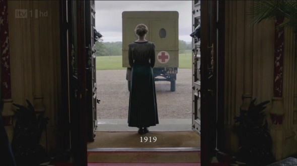 Edith watching the last of the hospital depart from Downton