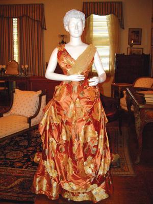 newport gown